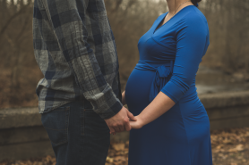 battle ground indiana winter couples maternity session